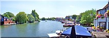 SU7682 : Henley-on-Thames view upstream by Len Williams