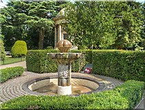SP3265 : Jephson Gardens, The Czech Memorial Fountain by David Dixon