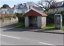 SS9077 : Ewenny bus shelter and phonebox by Jaggery