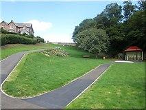 NT9953 : Coronation Park by Graham Robson