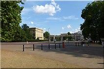 TQ2879 : Hyde Park Corner by DS Pugh