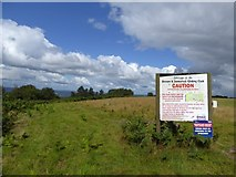 ST0906 : Sign for gliding club on North Hill by David Smith