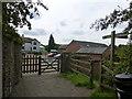 SJ6085 : Delamere way signpost at Hillfoot Farm by Raymond Knapman