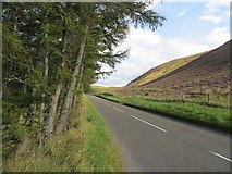 NN8929 : A822, Sma Glen by Richard Webb