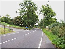 H9618 : Entering Silverbridge from the Newry direction on the B30 by Eric Jones