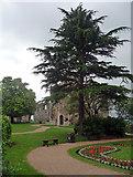 SK7954 : Newark Castle Gardens, Newark-on-Trent by Stephen Richards