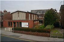 SE7423 : Central Church, North Street Goole by Ian S