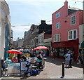 SY6779 : Alfresco eating near Fossil Beach, Weymouth by Jaggery
