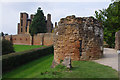 SP2772 : Kenilworth Castle by Ian Taylor