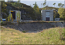 NH2230 : Hydro buildings by the Mullardoch dam by Nigel Brown