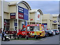 SJ4184 : Ice cream at the retail park by Richard Hoare
