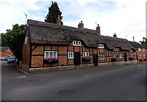 SK4003 : Three thatched houses in Market Bosworth by Jaggery