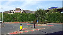 NS4865 : Roundabout on Inchinnan Road by Thomas Nugent