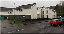 SS8591 : Valleys to Coast housing, Treharne Row, Maesteg by Jaggery