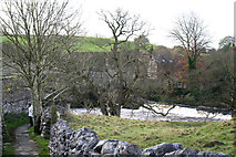 SE0063 : Linton:  Lower weir and Tin Bridge by Dr Neil Clifton