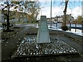 NS5066 : Scottish Air Ambulance Service Memorial by Lairich Rig