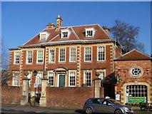 SU0061 : Brownstone House by Michael Dibb