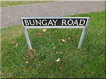 TM1578 : Bungay Road sign by Adrian Cable