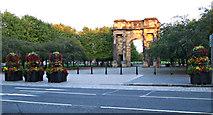 NS5964 : Glasgow Green, McLennan Arch by Thomas Nugent