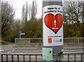 SU1430 : Hearty walk by Neil Owen