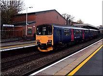 SO9322 : Great Malvern train arrives at Cheltenham Spa station by Jaggery