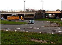 SU1585 : North side of Transfer Bridges junction, Swindon by Jaggery