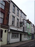 TA1767 : The Queens Head, Bridlington Old Town by JThomas
