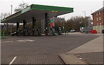 SU1585 : Applegreen filling station, Swindon by Jaggery