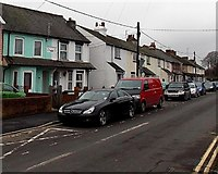 SU5290 : Lydalls Road cars and houses, Didcot by Jaggery