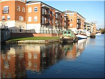SO8453 : Apartments at Diglis Basin by Philip Halling
