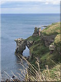 NT9955 : Needles Eye natural arch, N of Berwick upon Tweed by Colin Park