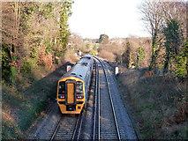 SU4808 : Train between Hamble and Bursledon by Robin Webster