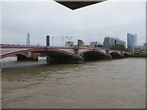 TQ3180 : Blackfriars Bridge by Bill Nicholls