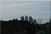 TQ4179 : View of Canary Wharf and the O2 from the end of the Thames Path near Thames Barrier Park by Robert Lamb