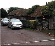 SU5290 : Outbuilding alongside Britwell Road, Didcot by Jaggery