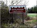 TM2664 : Framlingham Town sign on the B1119 Saxtead Road by Adrian Cable