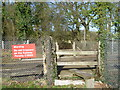 TQ5657 : Railway foot crossing seen from Honeypot Lane by Marathon
