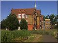 TQ3377 : Cobourg Road primary school by Stephen Craven