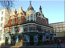 TQ3282 : The Eagle, Shoreditch by Chris Whippet