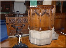 SD5095 : St Oswald, Burneside: pulpit by Basher Eyre