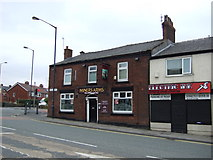 SJ9499 : The Miners Arms, Ashton-under-Lyne by JThomas