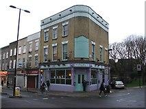 TQ3084 : Doyles Tavern, Islington by Chris Whippet