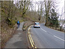 NY3816 : Footpath from Patterdale to Glenridding by Oliver Dixon