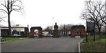 J3472 : Approaching the main gates of Ormeau Park by Eric Jones