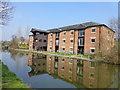 SJ5680 : Canal warehouse conversion by Raymond Knapman
