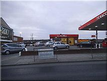TQ2282 : Texaco petrol station on Harrow Road, College Park by David Howard