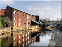 SD8538 : Leeds and Liverpool Canal Warehouse, Nelson by David Dixon