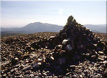 NO0277 : Summit cairn Carn an Righ by Alan Reid