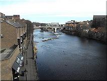 NZ2742 : River Wear, Durham by JThomas