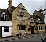 SP0228 : Lion Inn, Winchcombe by Jaggery